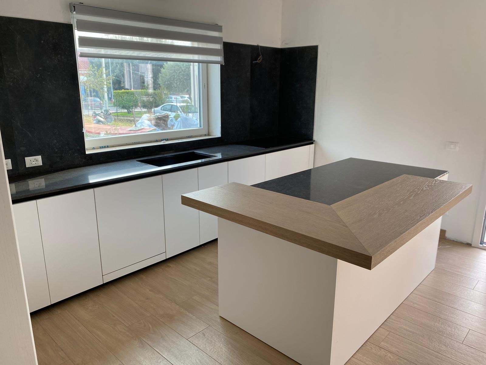 ICM - Cucina Bianca Moderna con Isola